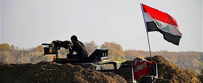 """L'Iraq canta vittoria: """"L'Isis cacciato definitivamente dal nostro Paese"""""""