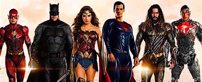 """""""Justice League"""" balza in testa al box office con oltre tre milioni di euro"""