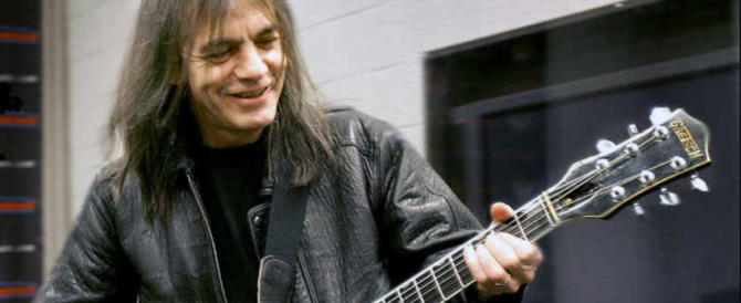 E' morto Malcom Young, fondatore e leader degli AC/DC (video)