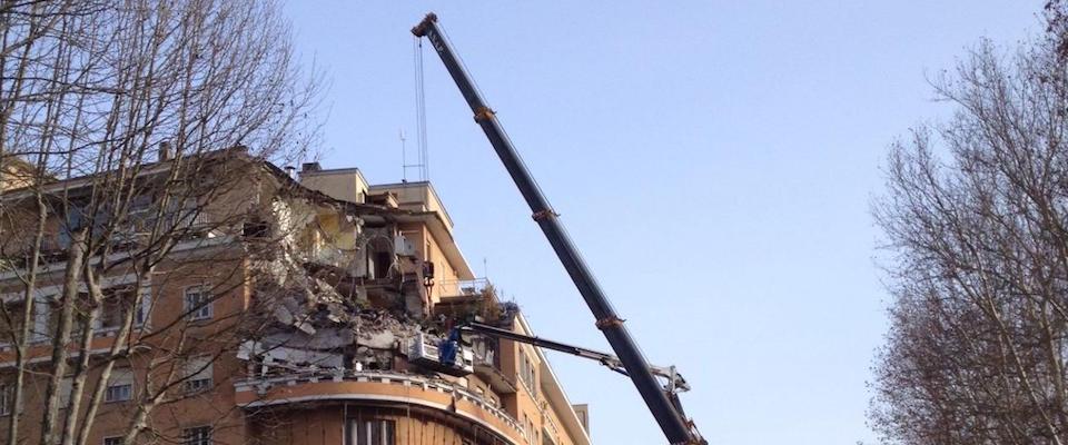 palazzo crollato flaminio