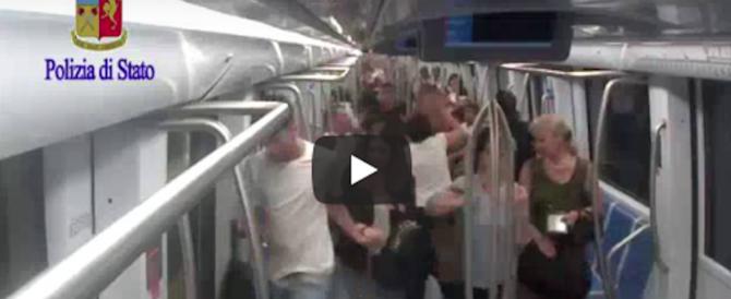 Pene pesanti per le belve che massacrarono un uomo nella metro di Roma (video)