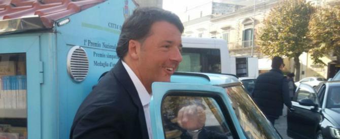 """Renzi con l'acqua alla gola: vuole turarsi il naso e """"arruolare"""" Alfano"""