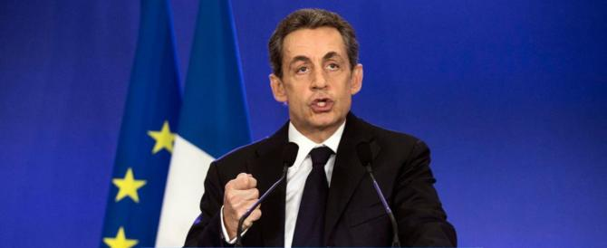 """La fine ingloriosa di Sarkozy: ha """"ucciso"""" Gheddafi per coprire uno scandalo"""