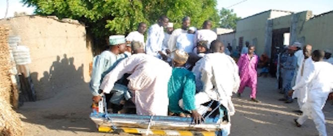 ***FLASH*** Nigeria, kamikaze 17enne fa strage in moschea: 50 morti, moltissimi feriti