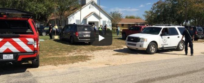 Strage in una chiesa del Texas: 27 morti. L'ombra dell'Isis (video)