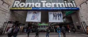 Stazione Termini, rapine e pestaggi fuori dal fast food: presi tre immigrati (video)
