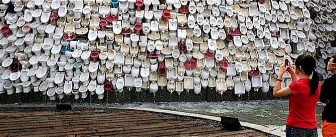 """Cina, arriva il """"grande balzo in avanti"""" delle toilette per salvare il turismo"""