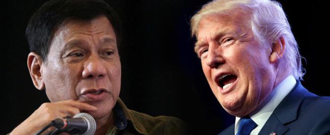 Trump appoggia Duterte sulla droga. E lui canta per il presidente Usa (video)