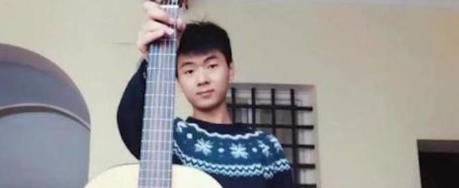 Ragazzo ucciso e nascosto in valigia, spunta il movente omosessuale