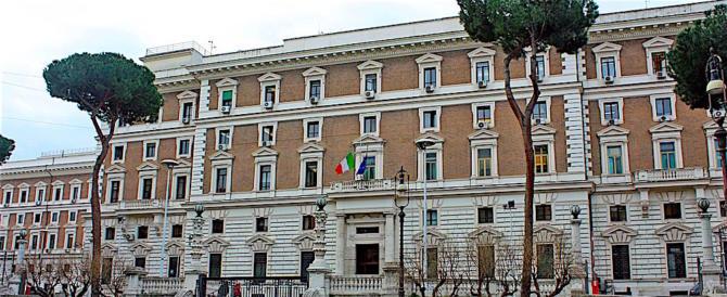 Espulso marocchino a Pavia: finanziava foreign fighter dell'Isis