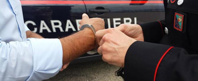Delitto ad Avellino, i carabinieri arrestano un uomo per distruzione di cadavere