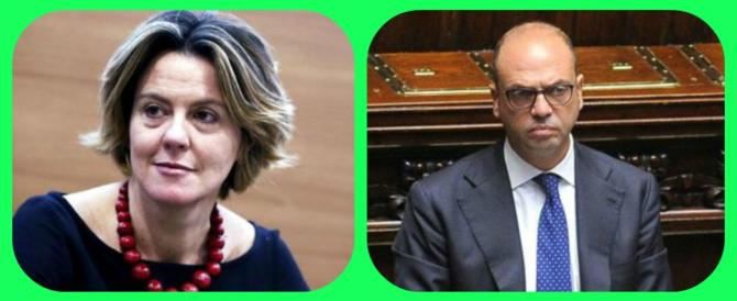 Una Margherita per Renzi: Lorenzin fa la leader (e c'è Alfano dietro le quinte)