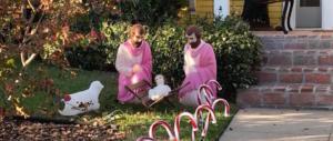 Due San Giuseppe rosa: il presepe gay che sta facendo infuriare tutti