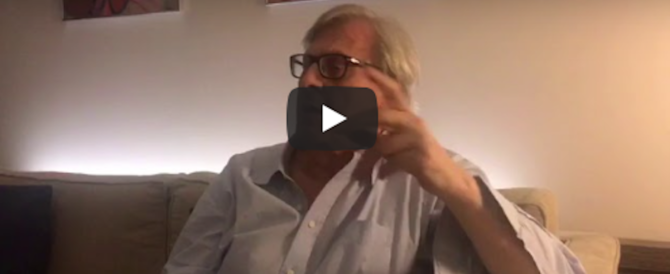 Sgarbi contro Di Maio: «Negozi chiusi nelle feste? Idiozia di chi non ha mai lavorato» (video)