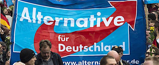 Merkel nei guai: i suoi rifiutano la strategia elettorale anti-estrema destra