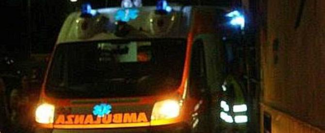 Napoli, incendio in casa: morti nel sonno moglie e marito. Salvi i bimbi