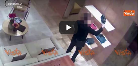 """Roma, sgominata banda di russi: ecco i """"Lupin"""" delle boutique del centro in azione (VIDEO)"""