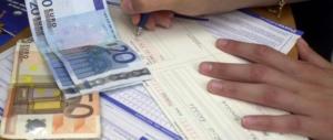 Gli arriva la bolletta da zero euro: «O paghi o ti stacchiamo la luce»