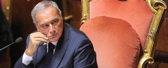 Pietro Grasso, comunista col Rolex: il suo stipendio supera quello di Mattarella