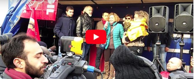 Ikea, le lacrime di mamma Marica: «Voglio lavorare, non chiedo privilegi» (video)
