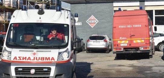 Incidente sul lavoro a Torino, due feriti per un incendio in fabbrica