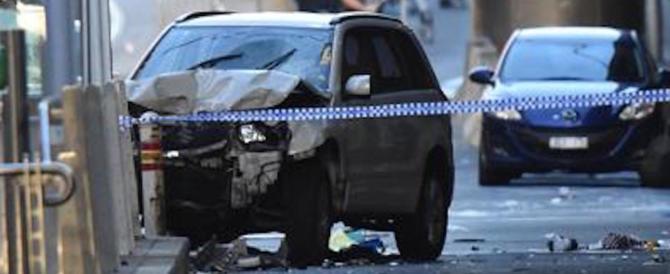 Melbourne, tra i feriti c'è un italiano. Il premier australiano: «Incidente isolato»