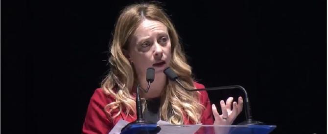 """Giorgia Meloni: """"A chi vuole distruggere l'Italia noi opporremo l'identità"""""""