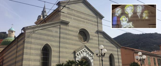 Ventimiglia, nella Natività spuntano velo e turbante: una provocazione islamica?
