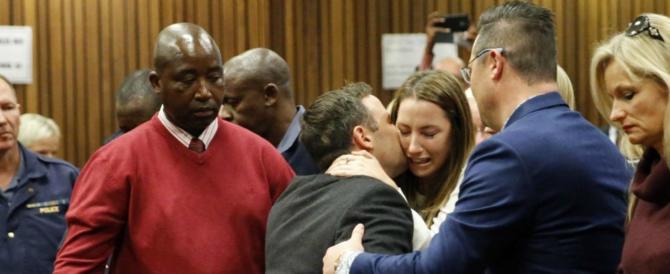 Pistorius fa a botte in carcere con un altro detenuto e ha la peggio