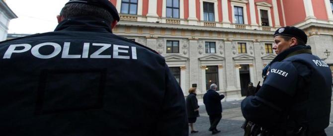 Pacco sospetto in Germania, la polizia: il mercatino di Natale non era l'obiettivo