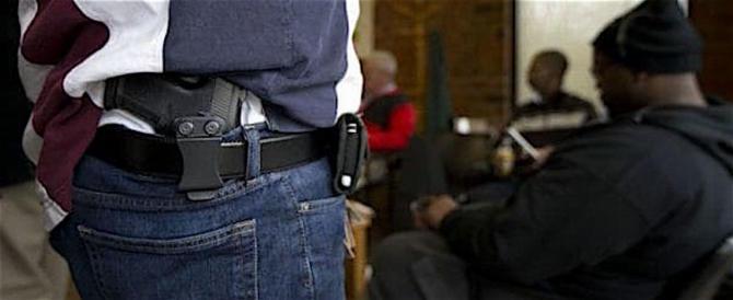 """Il Congresso Usa: si potranno portare armi """"non in vista"""" da Stato a Stato"""