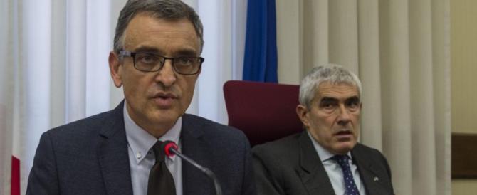 Banca Etruria, il procuratore Rossi si difende. Ma per il Pd rimane un boomerang