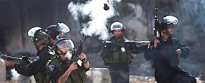 Gerusalemme, dopo il riconoscimento i palestinesi scatenano la violenza