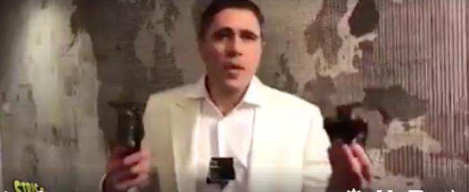"""""""Striscia la notizia"""", Moreno Morelli aggredito in ascensore da un africano (video)"""