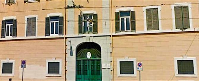 Bomba al commissariato di San Lorenzo, solo denunciati gli anarchici