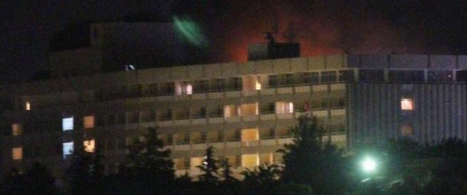 Assalto terroristico all'Hotel Intercontinental di Kabul: 15 morti