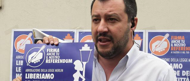 Salvini: riaprire le case chiuse, tassare e regolamentare la prostituzione
