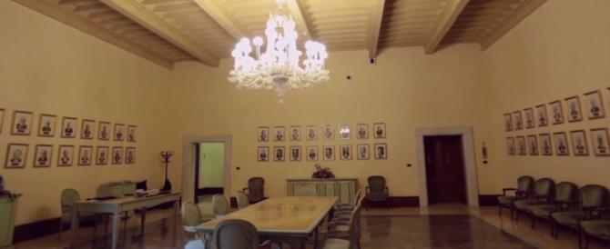 C'è una foto di Mussolini a Palazzo Chigi: la sinistra chiede di distruggerla…