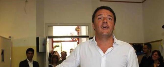 """Renzi scopiazza (male) il Cav: """"La tasse sulla prima casa l'ho tolta io"""""""