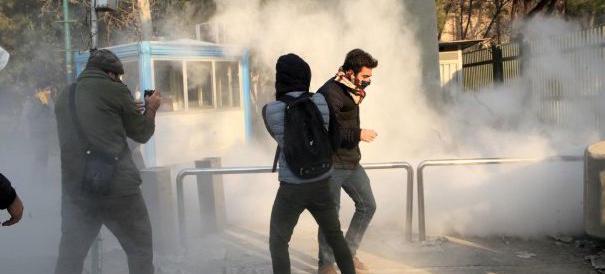 Iran, il capo dei pasdaran: «La rivolta è stata sconfitta»