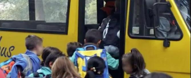 Stoccarda, scuolabus si schianta contro una casa: 47 feriti, 21 sono bambini