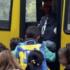 Stoccarda, scuolabus si schianta contro una casa: 20 bimbi feriti, 3 gravi