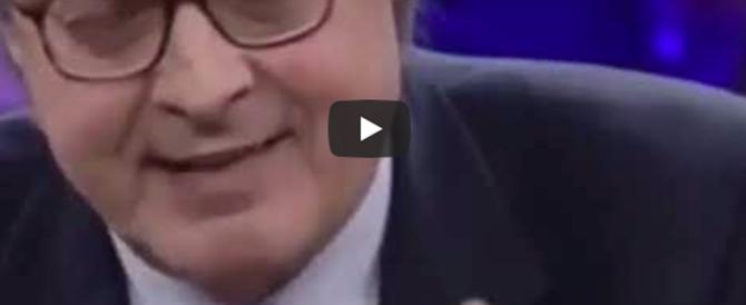 Sgarbi furioso contro Di Maio: «Incapace, balordo, vai a scuola!» (video)