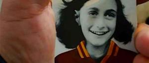 Adesivi di Anna Frank, chiesti due turni a porte chiuse per la Lazio