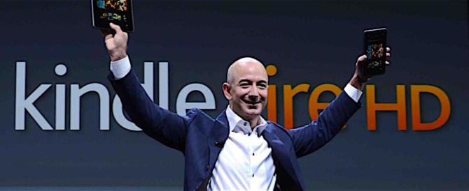 Bezos sottopaga i dipendenti ma regala 30 milioni ai figli dei clandestini