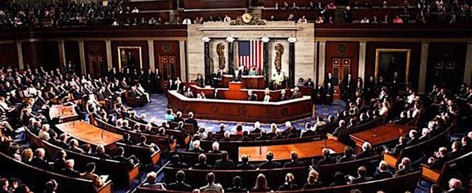 """Prima vittoria di Trump: la Camera approva il bilancio, niente """"shutdown"""""""