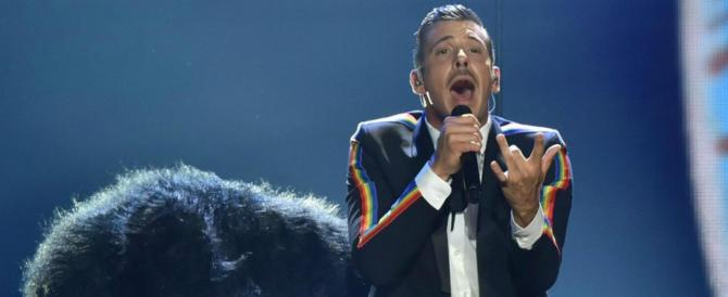 Francesco Gabbani prepara la grande festa: concerto speciale per i fan (video)