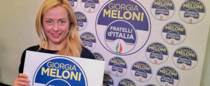 Giorgia Meloni sprona il centrodestra: «O vinciamo noi  o sarà il caos»