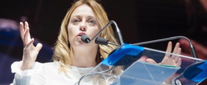 Giorgia Meloni una furia contro Napolitano: «Dove sta lui, non sto io»