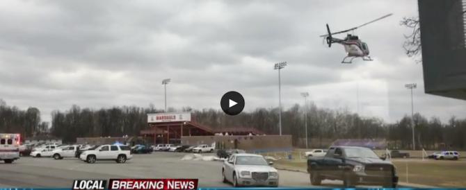 Sparatoria in un liceo del Kentucky: un morto e sette feriti (video)